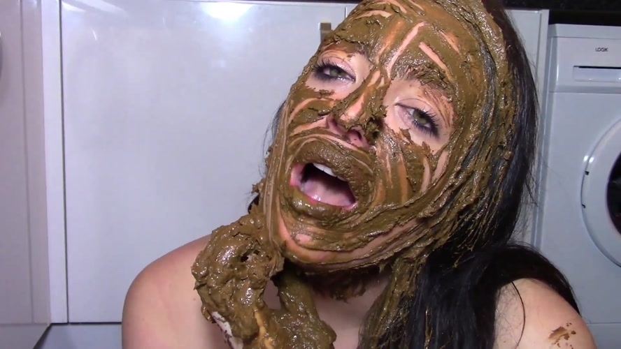 Smearing Shit on Face - Special #880 (FullHD 1920x1080)
